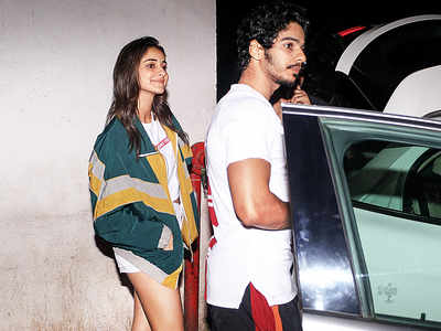 Ananya Panday, Ishaan Khatter spotted in Andheri