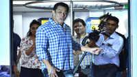 Salman loses his temper at a photographer during a press meet