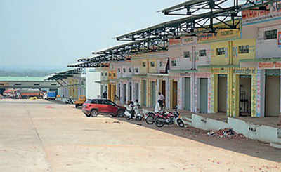 New APMC yard lets down traders