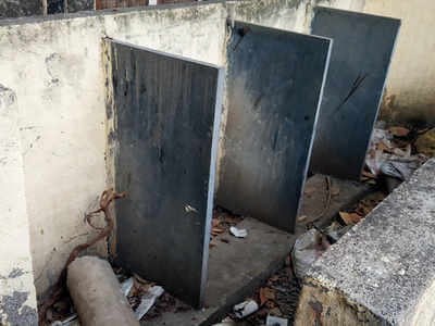 PMC asks its school to repair their loos after discovering filthy toilets to be the cause behind increase in rate of girl dropouts