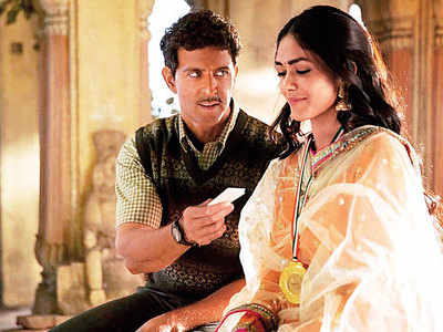 Mrunal Thakur on working with Hrithik Roshan in Super 30: Nothing better than romancing the Greek God himself