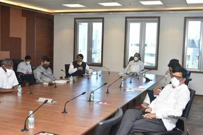 COVID-19: Uddhav Thackeray discusses the situation with all party leaders