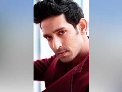 Vikrant Massey's journey from a Versova cafe to the arclights