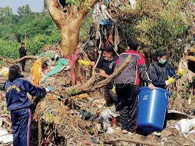 Locals join hands to clean bird sanctuary