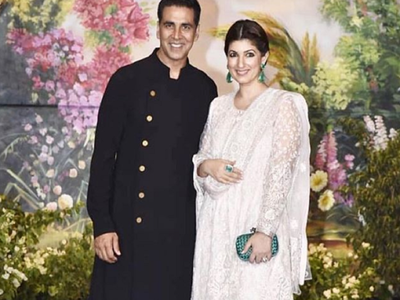Akshay Kumar impresses wife Twinkle Khanna with onion earrings