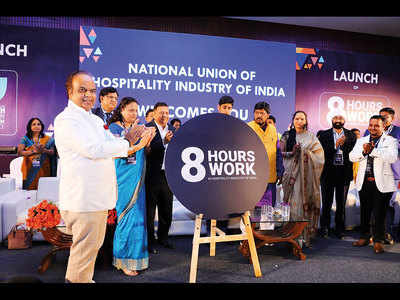 Hospitality union wants 8-hour shift in sector