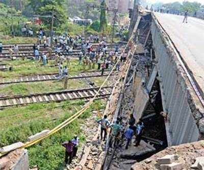 1 Injured, 31 Trains disrupted as portion of Khokhra Railway bridge collapses