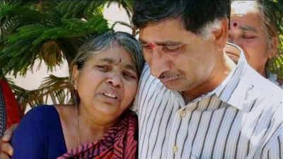 Kansas Shooting: Telangana IT Minister meets Kuchibhotla family in Hyderabad