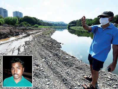 Citizens crack down on sand mafia along Ramnadi-Mula junction