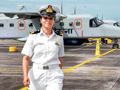 Navy gets its first woman pilot