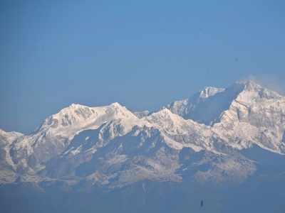 10 mountaineers from Pune summit Mt Kangchenjunga