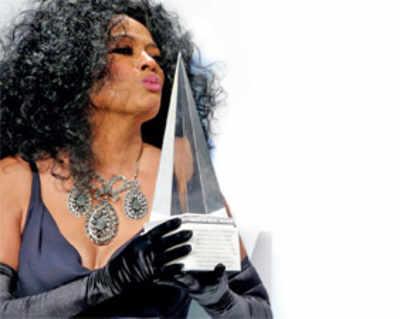 Mars, Diana Ross win big at AMAs