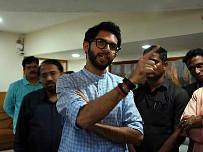 Aaditya Thackeray raises BDD chawl redevelopment issue with MHADA chief