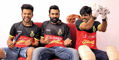 Sandalwood  bats for Royal Challengers Bangalore