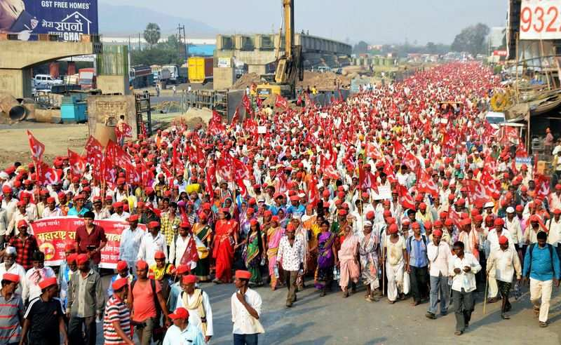 In Pics: Maharashtra Farmers' end long protest march in Mumbai