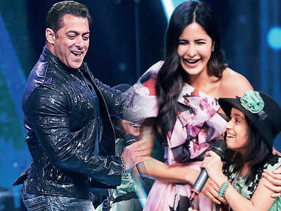 Salman Khan yodels for Katrina Kaif