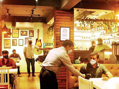Allow Mumbai restaurants to reopen, hoteliers appeal to CM Uddhav Thackeray