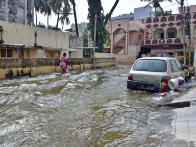 Hyderabad: Many colonies still underwater