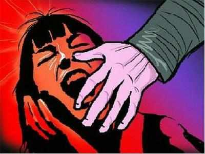 Gujarat: Two minor sisters raped in a moving car, five arrested