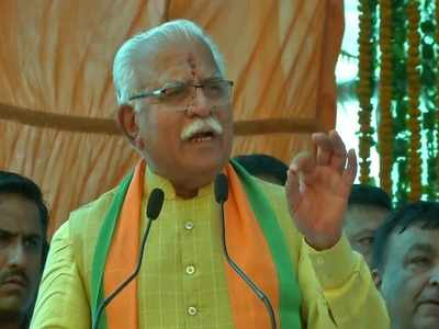 Haryana CM Manohar Lal Khattar draws flak over 'mari hui chuhiya' comment on Sonia Gandhi
