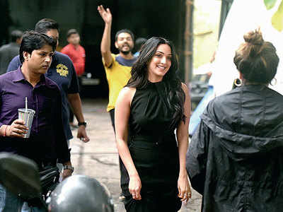 Spotted: Kiara Advani at a photo shoot at Filmistan studio in Goregaon, see pic