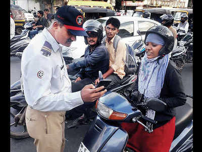Avail discount for reporting violations on city's roads: Traffic police