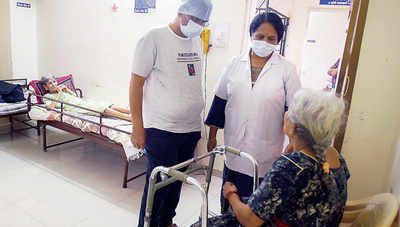 No jabs for bedridden seniors at care centres, docs helpless