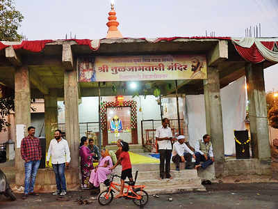 Residents form 24x7 shield around temples to prevent demolition