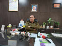 Faridabad DCP Vikram Kapoor commits suicide