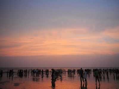 Teenage girl and woman drown at Juhu Chowpatty
