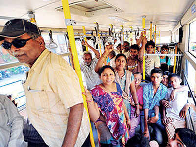 Travelling on BRTS? Beware of pickpockets