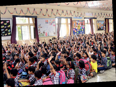 44 schools in the red over Kannada