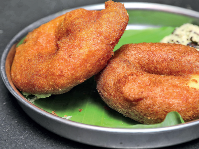 A world of vadas: Fried to perfection, vadas are available in a mind-boggling variety in Namma Bengaluru