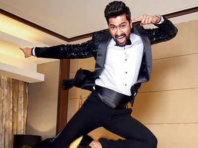 Vicky Kaushal and Aditya Dhar's superhero film to start in mid-2020