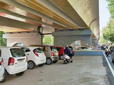 Parking under Income Tax flyover becomes payable
