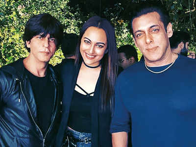 Salman Khan and Shah Rukh Khan party all night
