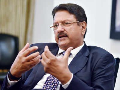 Mistrust between government, businesses growing: Piramal