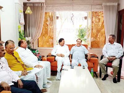 Eknath Khadse leads anti-Fadnavis campaign, says leadership is deliberately ignoring OBC leaders