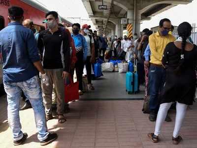 Coronavirus live updates:  Maharashtra reports 960 Covid deaths, highest so far