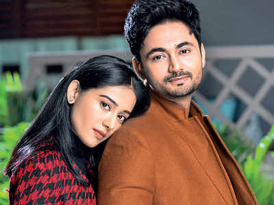 Amrita Rao on pregnancy: RJ Anmol reads from the Bhagvad Gita to baby and me every night