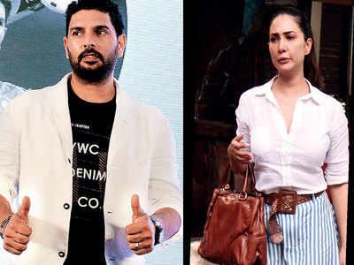 Did Kim Sharma ring in New Year at former boyfriend Yuvraj Singh's home in Goa?