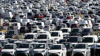 Car sales in Delhi rise by six times since May