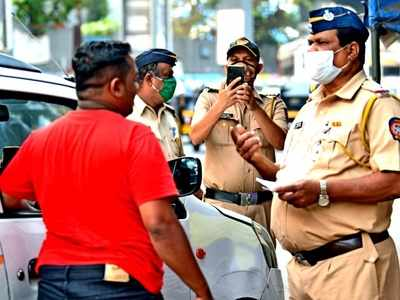 Mumbaikars, don't forget to wear your mask! Police now have a daily target of fining 1000 maskless people