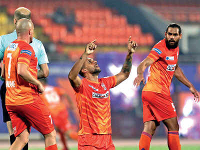 ISL: FC Pune make life difficult for ATK with draw