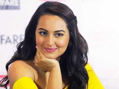 Sonakshi Sinha, Badshah's film Khandaani Shafakhana to release on July 26