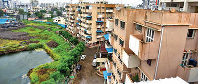 PCMC refuses waste pickup to over 200 hsg socs in its limits