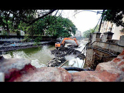PMC claims it will soon tackle encroachments atop 12 streams