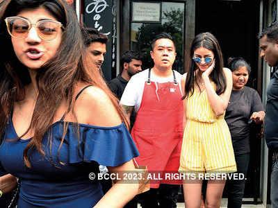 Chef Kelvin Cheung hosts Ananya Panday at his restaurant in Bandra