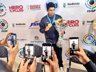 Saurabh Chaudhary smashes world record to win gold, books Tokyo Olympic quota in 10m Air Pistol category
