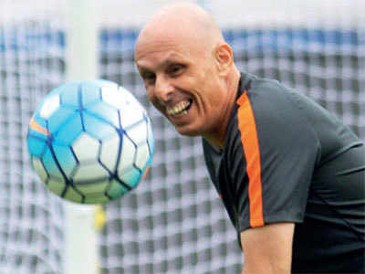 Constantine offered extension till 2019 Asian Cup